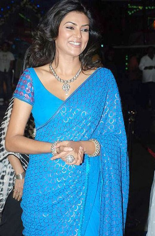 Susmita Sen in Saree Photos