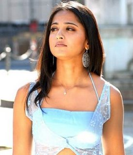 Anushka Shetty Hot Pics, South Indian Actress Anushka Shetty Photos, Wallpapers, Images