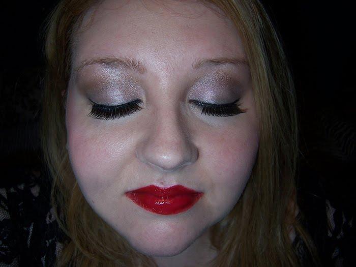 vintage pinup makeup. vintage pinup girl makeup. Pinup Girl Makeup Tutorial