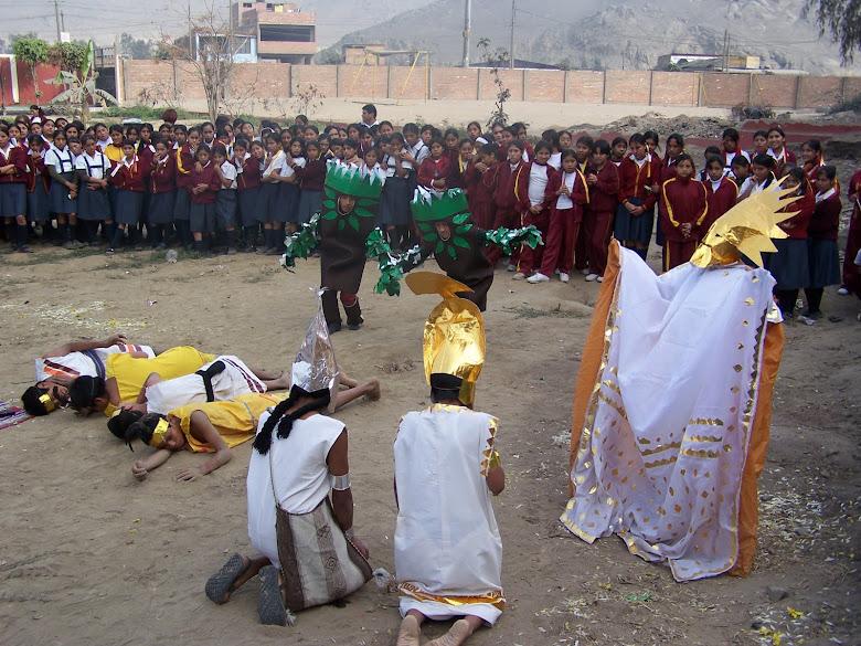 """AÑO 2007: EL GRUPO DE TEATRO FORTALEZA ESCENIFICANDO """"LA LEYENDA DEL RÍO HABLADOR"""""""