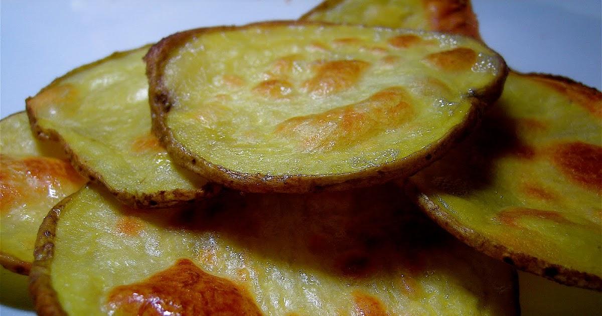 how to make crispy oven baked potato chips