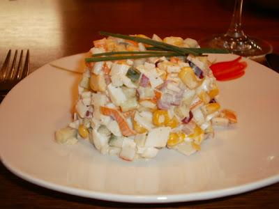 http://2.bp.blogspot.com/_rNgoS46C2bk/TPKY3awz4cI/AAAAAAAAB3c/Gc0__WT1mCs/s400/salat+s+krabopalkami.jpg