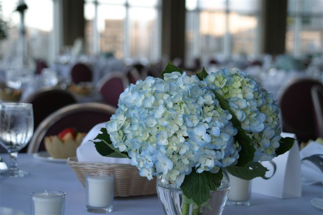 wedding floral table centerpieces with lilies