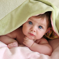 Cute Baby Wallpaper iPad