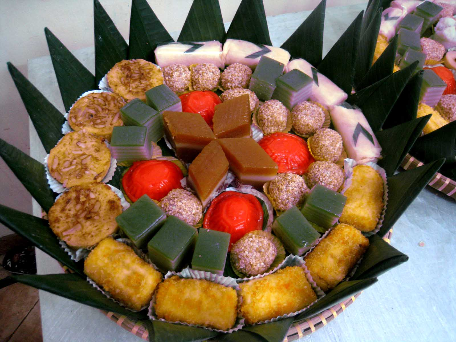 Aneka Kue Tandah Buat Acara Tamini
