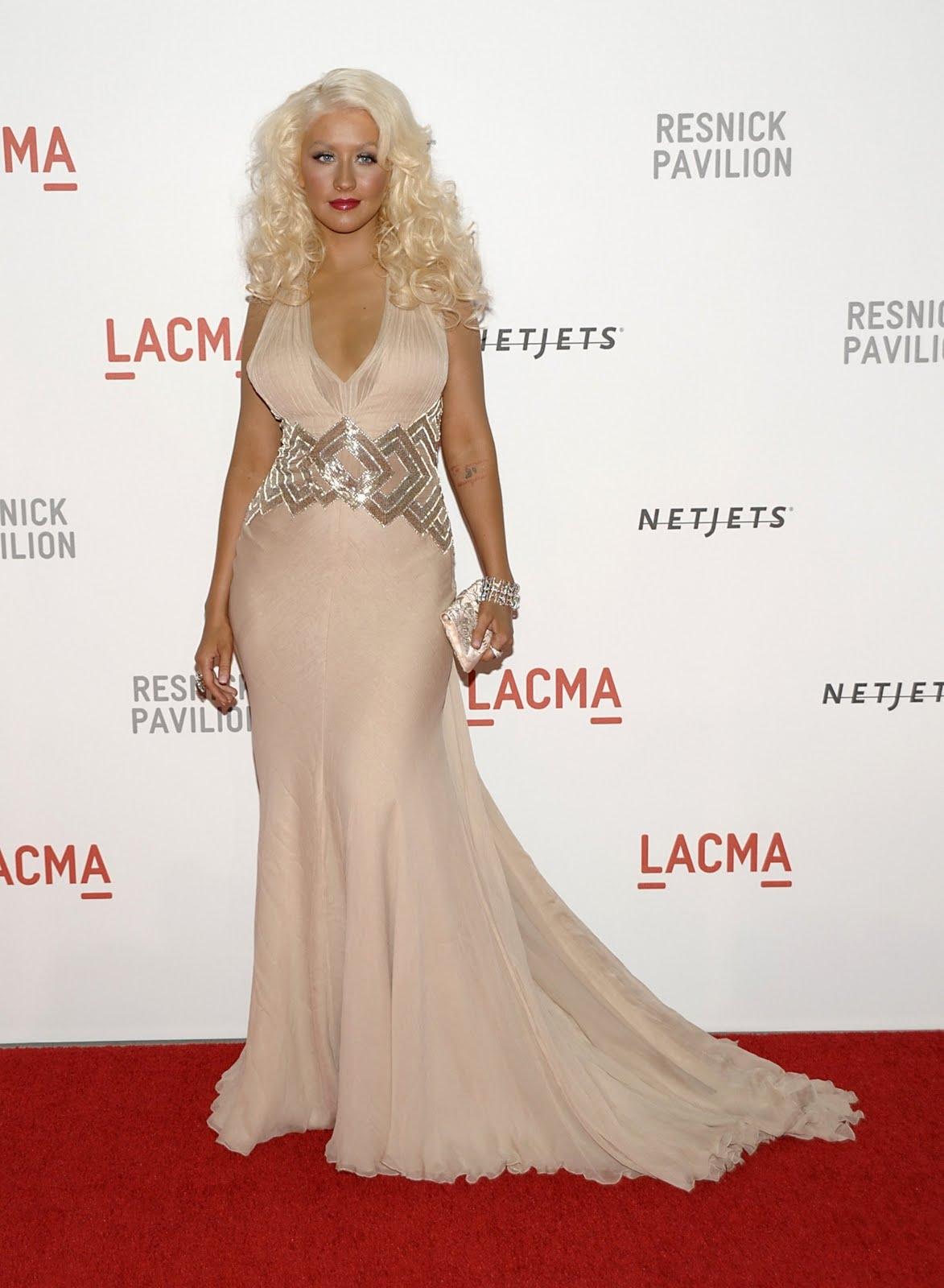 http://2.bp.blogspot.com/_rPuhgiGm-xw/TKDm6qGRnrI/AAAAAAAABts/dV_tXy3-m4U/s1600/Christina-Aguilera-2.jpg