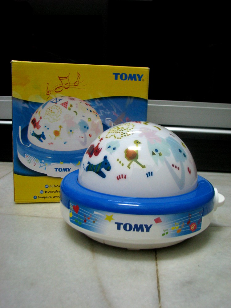 Kiddy parlour sold gallery tomy lullaby light show tomy lullaby light show mozeypictures Image collections