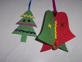 pohon natal dan lonceng