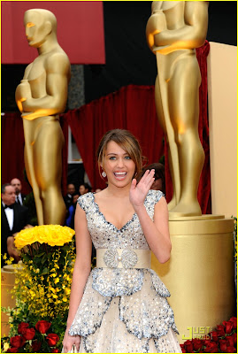 miley cyrus oscars 2009 dress, photo, video