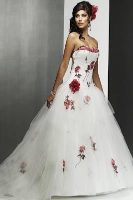 http://2.bp.blogspot.com/_rSA9SVWw60w/SjDlR1j8WzI/AAAAAAAAFL4/uFDOej1rWbM/s400/weding+dress+8.jpg