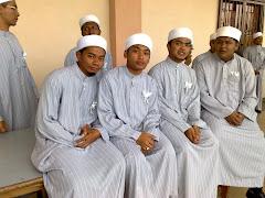 Zulhusni bersama sahabat