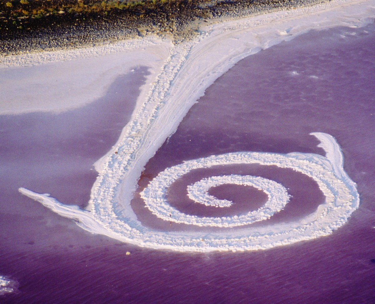the spiral jetty essay This is an essay / project as he intended for his works to be weathered down by nature as evident in his work 'spiral jetty' whereas.