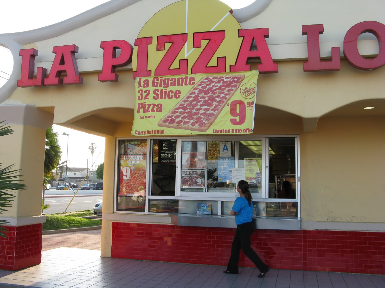 LA Pizza La Pizza Loca