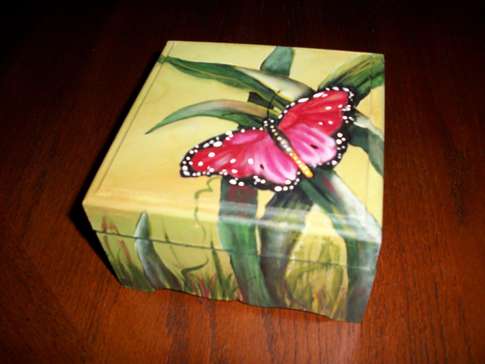 Desouvre caja madera pintada - Cajas decoradas a mano ...