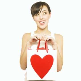 6 Hal yang Membuat Wanita Jatuh Cinta Love+is+jatuh+cinta