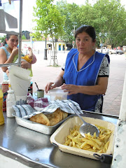 Venta de sopaipillas en Plaza Mayor