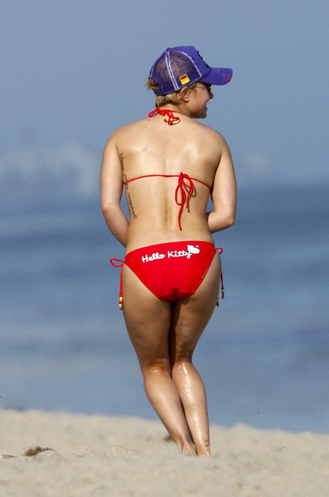 http://2.bp.blogspot.com/_rYsbaPefOns/TBCyqzrchyI/AAAAAAAASGY/FmrpI6SGOLQ/s1600/Hayden_Panettiere-Malibu_bikini-HQ_Pictures_003.jpg