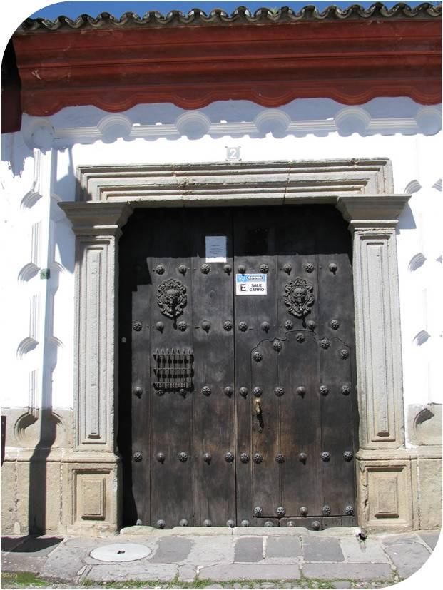 Santiago de los caballeros colonial barro y piedra en for Puerta casa antigua