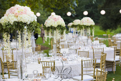 Wedding Tables Pictures on The Wedding Tables Can Be Soft And Romantic Pink