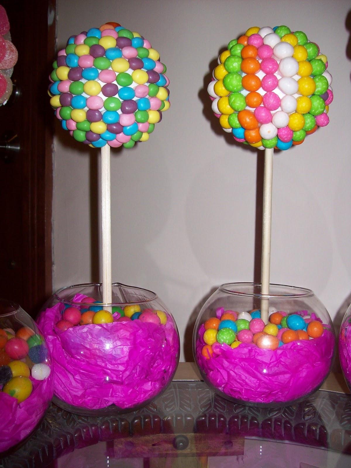 Dulces creaciones centros de mesa candy topiary for Arreglos de mesa con dulces