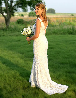 Jenna preferred a small outdoor wedding held at her family 1600 acre ranch