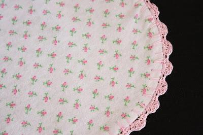 Crocheting Edges On Baby Blankets : SewChic: Crochet Edged Baby Blanket