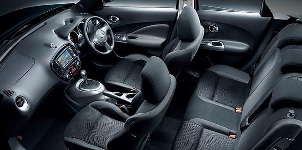 Nissan Juke Interior Colors. driving sensation on Juke.