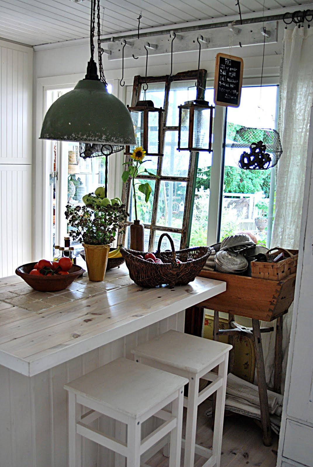 Fauna decorativa: Isla de cocina como mesa / Kitchen island as ...