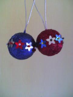 Fieltro y tela bolas decoradas - Bolas de navidad de fieltro ...