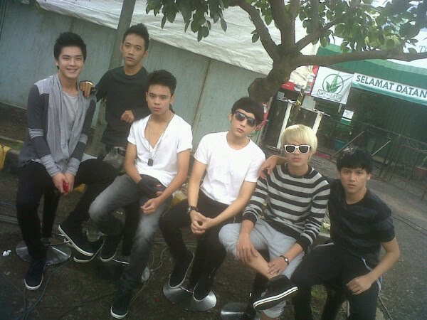 Foto – Foto Vokalis Band SMASH Boyband Indonesia