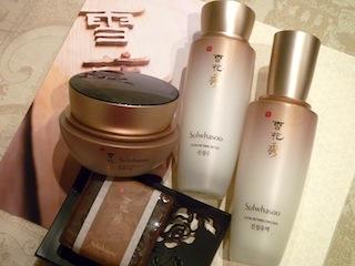 美容大国韓国で根強い人気の化粧品です。