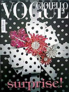 雑誌の表紙。