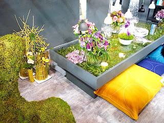 テーブルウェア・フェスティバル2011ニコライバーグマンのアレンジメント。