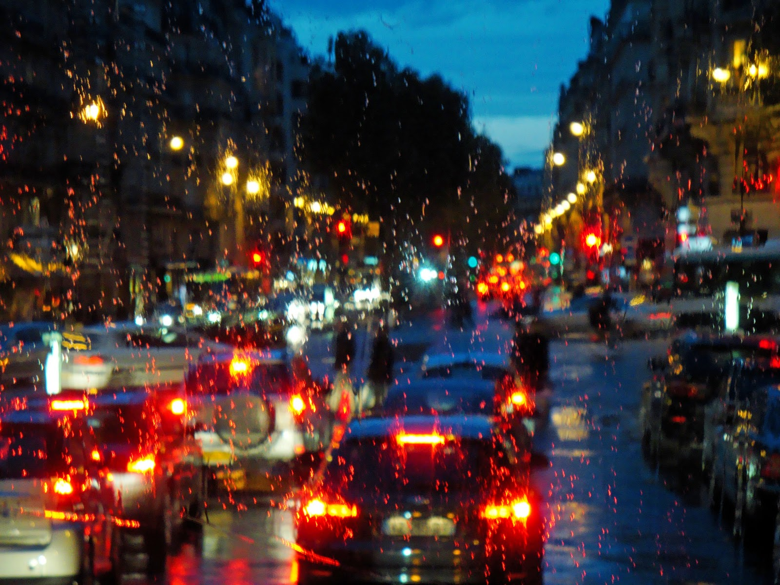 global iterations paris in the rain. Black Bedroom Furniture Sets. Home Design Ideas