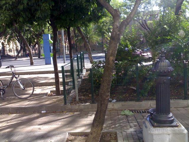 Calle manuel machado sevilla for Barrio ciudad jardin madrid