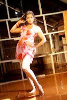 sindhanai sei hot pics