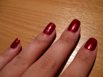 opi smitten with mittens holiday wishes collection winter fall 2009 red glitter foil rich nails polish nailswatches