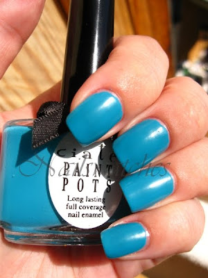 ciaté festival fever headliner summer colletion blue creme satin finish nails swatch review nailswatches