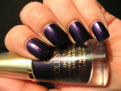 viola glitter collistar purple nail polish nailswatches