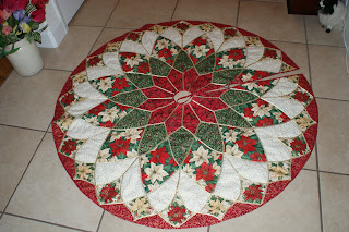 The Patterns For This Christmas Tree Skirt And Table Runner Were From Book Traditions In Stained Glass By Brenda Henning