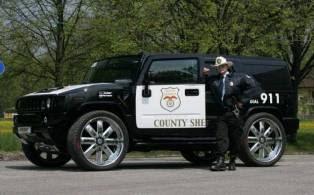 Foto Mobil Yang Membuat Polisi Tidak Berwibawa Lagi [ www.BlogApaAja.com ]