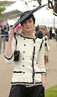 Erin O'Connor en Ascot