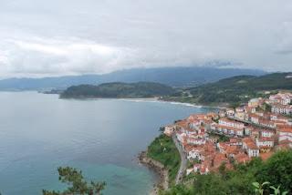El pueblo y la playa