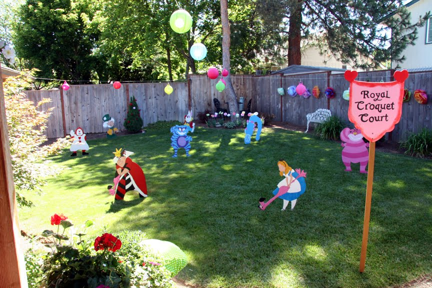 Party dreamers party planners 541 858 8923 alice in - Alice in the wonderland party decorations ...