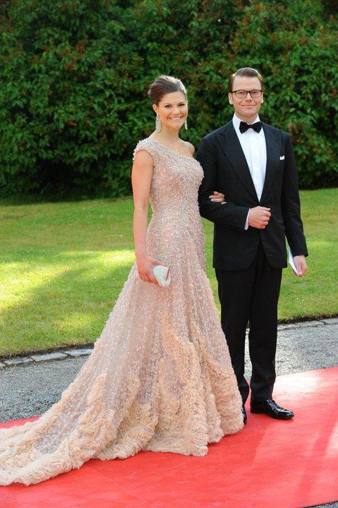 My Beloved Lebanon Elie Saab Dresses Celebrities Worldwide