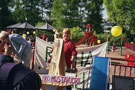 Ilveskorven puistojuhlassa 2006