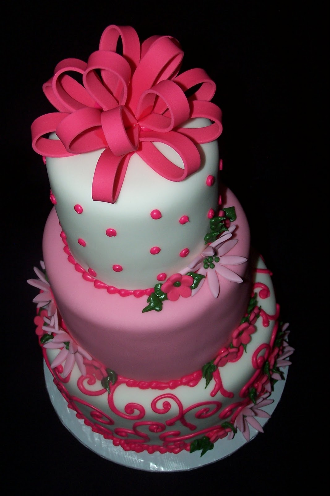 7 Year Old Birthday Cakes http://abocakesandcookies.blogspot.com/2010/11/1-year-old-birthday-cake.html