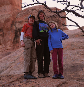 MOAB HIKERS