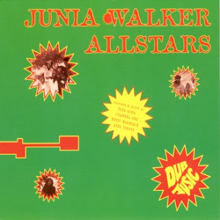 Junia Walker All Stars. dans Junia Walker All Stars The%2520Junia%2520Walker%2520All%2520Stars%2520-%2520Dub%2520Jusic