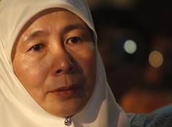 Wan Azizah Banyak Menangis Kerana Anwar?